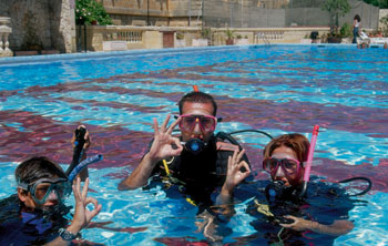 Scuba diving course for beginners & up